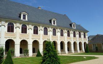en-coulisses-le-repas-des-fauves-chateau-gonthier-35